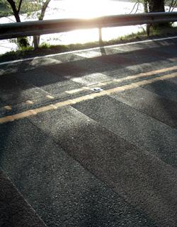 060422_shining_road.JPG