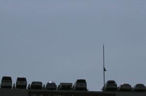 060506_sky_parking.JPG