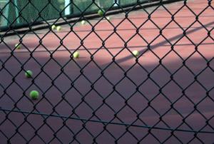 060523_tennis_balls.JPG