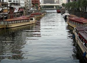 060710_houseboats.JPG