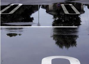 061001_parking.jpg