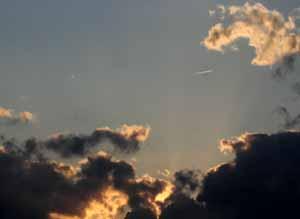 061028_clouds_b.jpg