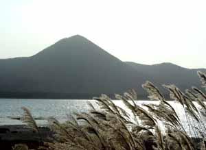 061102_northern_mountains_c.jpg
