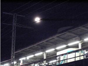 070104_moonlight.jpg