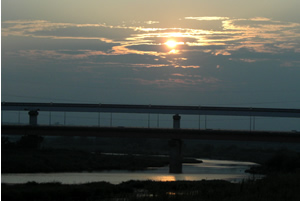 070822_sunset_river.jpg