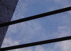070904_sudden_rain.JPG