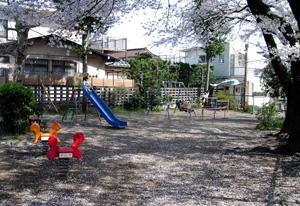080406_small_park.jpg