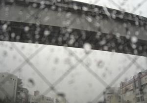 080502_rainy_station.jpg