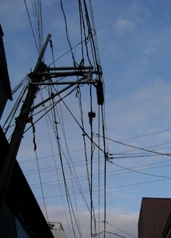 080701_electric_wires.jpg