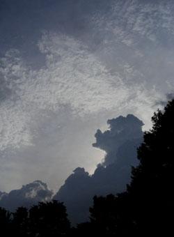 080805_rain_cloud.jpg