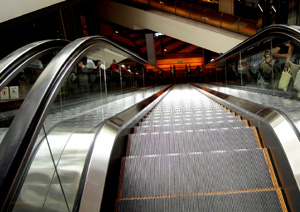 080907_escalator.jpg