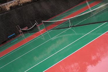 100302_tennis_court.jpg