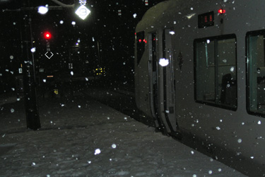 100309_night_train.jpg