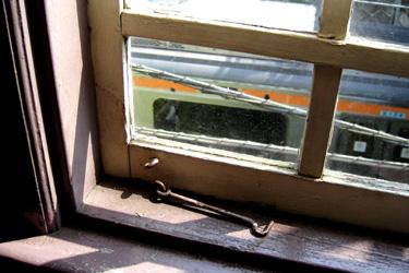 100505_cafe_window_view.jpg