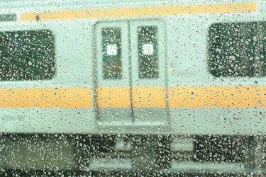 100623_rainy_train.jpg