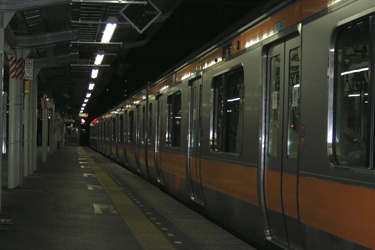 100831_last_train.jpg