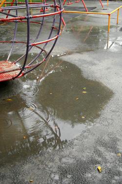 101009_rainy_park.jpg