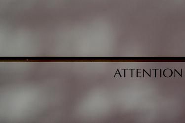 101014_attention.jpg