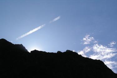 110908_vapur_trail.jpg