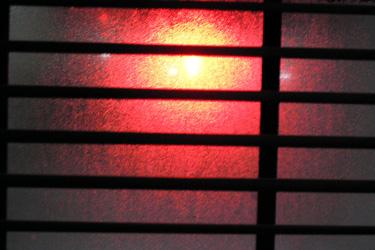 130129_red_signal.jpg