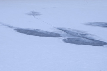 150122_frozen_pond.jpg