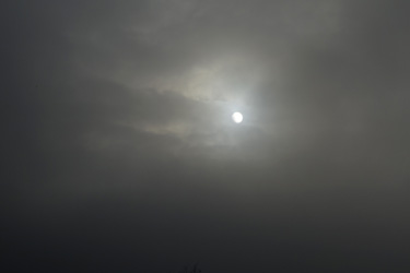 150927_foggy_sun.jpg