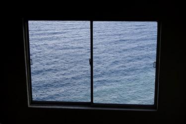 151009_sea_window.jpg