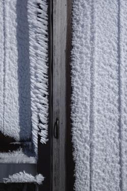 160124_frozen_door.jpg