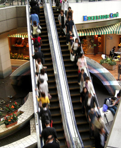 rainy escalator.JPG